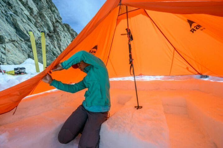 How to set up tent in a snow